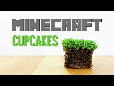 Minecraft Cupcakes by Yummy Paper